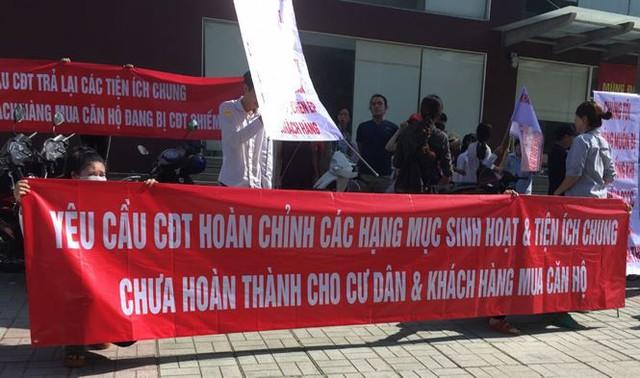 Chủ đầu tư chung cư Sài Gòn phải trả lại tiền vì phạt bậy - Ảnh 1.