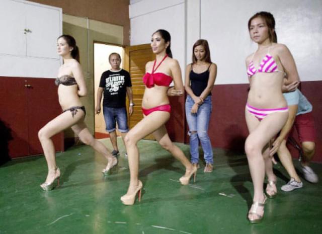 Trại đào tạo hoa hậu tại Philippines: Nơi những cô gái học cách trở thành nữ hoàng - Ảnh 7.