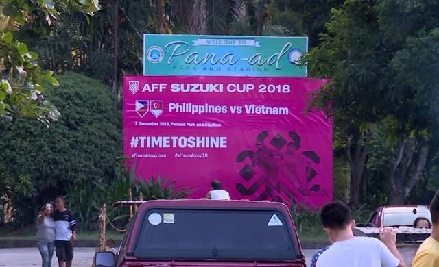 Ban tổ chức AFF Cup sai lầm, nhầm lẫn Việt Nam thành Singapore - Ảnh 1.