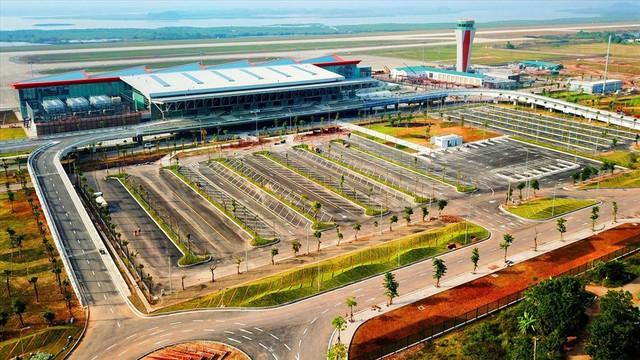Choáng ngợp nhà ga xanh như khách sạn 5 sao ở Sân bay Vân Đồn - Ảnh 1.