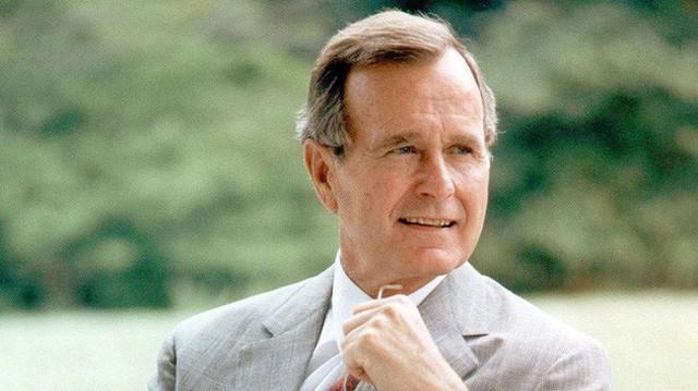 Hé lộ những lá thư cảm động giữa cố Tổng thống Bush với cậu bé Philippines từng được an ninh Mỹ giữ kín - Ảnh 1.