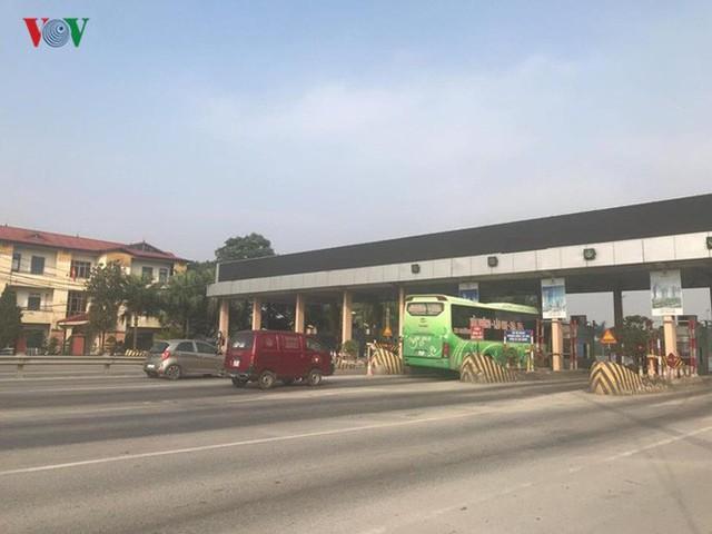 """Hình ảnh trạm BOT Bắc Thăng Long – Nội Bài """"thất thủ"""" do lái xe phản đối - Ảnh 15."""