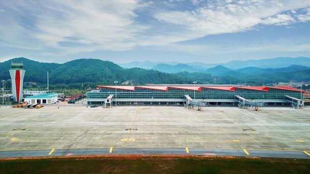Choáng ngợp nhà ga xanh như khách sạn 5 sao ở Sân bay Vân Đồn - Ảnh 10.