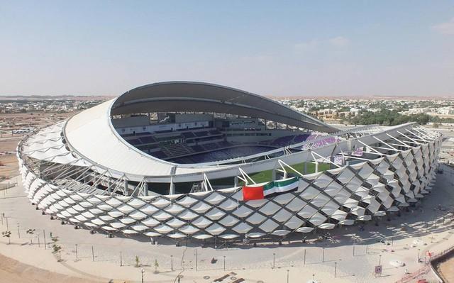 Đội tuyển Việt Nam sẽ đá Asian Cup 2019 tại 2 sân vận động đẹp nhất UAE - Ảnh 2.