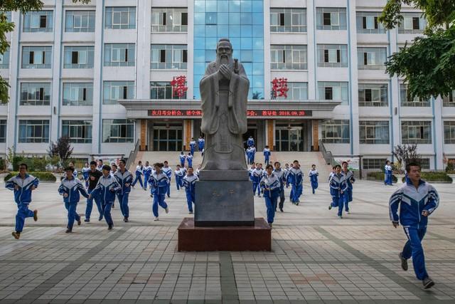 Giấc mơ Trung Quốc và chuyện quản lý xã hội bằng thi đại học - Ảnh 3.