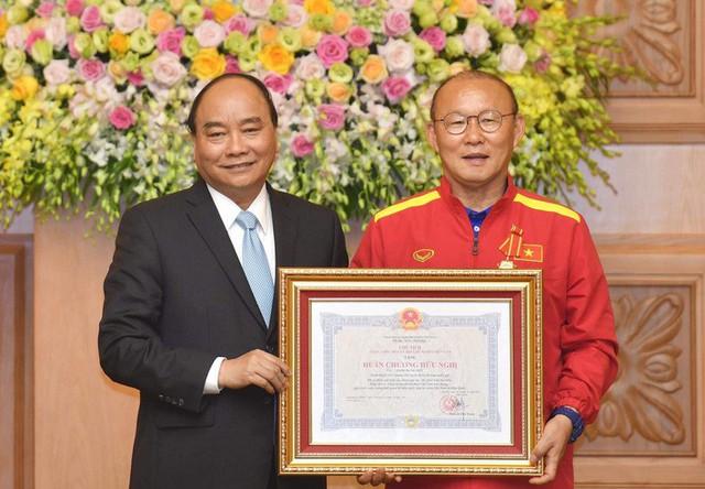 HLV Park Hang-seo: Tôi sẽ cố gắng trụ lại ở Việt Nam cho đến hết hợp đồng - Ảnh 1.