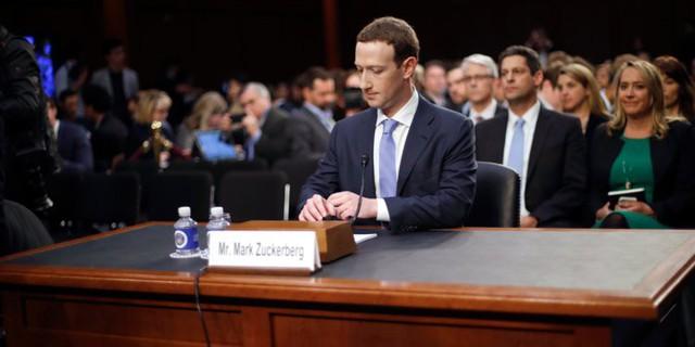 Bê bối nối đuôi nhau, Facebook biến Mark Zuckerberg thành tỷ phú mất nhiều tiền nhất của năm - Ảnh 2.