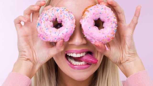 Các chuyên gia chỉ ra mối quan hệ giữa thực phẩm và tâm trạng: Để có tâm trạng tốt thì nên ăn những gì? - Ảnh 2.