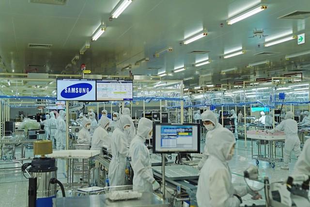 Samsung chuyển nhà máy sản xuất điện thoại từ TQ về VN? - Ảnh 1.