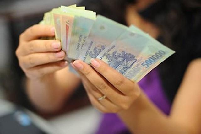 Mức thưởng Tết âm lịch ở Hà Nội cao nhất 400 triệu đồng - Ảnh 1.