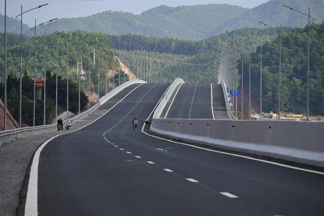 3 công trình giao thông trị giá gần 20.000 tỷ ở Quảng Ninh trước giờ G - Ảnh 18.