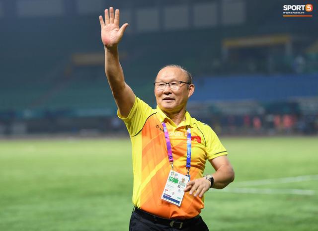 VFF chưa vội gia hạn hợp đồng với HLV Park Hang-seo - Ảnh 1.