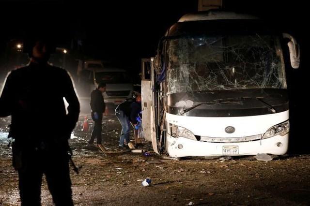 """Em trai nữ du khách Việt Nam tử vong trong vụ đánh bom ở Ai Cập: """"Chỉ mong đưa được thi thể chị về nước sớm nhất"""" - Ảnh 1."""