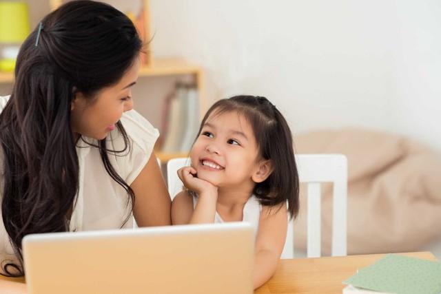 Không muốn một ngày phát điên vì con quá phụ thuộc và chẳng thể tự quyết định bất cứ điều gì, cha mẹ cần dạy trẻ những điều ngày càng sớm càng tốt  - Ảnh 2.