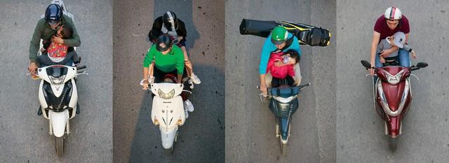 Hình ảnh Người Hà Nội đi xe máy bỗng trở nên vô cùng ấn tượng với góc máy trên cao - Ảnh 1.