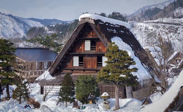Shirakawa-go, ngôi làng đẹp như bước ra từ cổ tích, nơi thai nghén bộ truyện Doraemon nổi tiếng của Nhật Bản - Ảnh 7.
