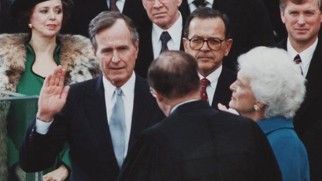 Sống một cuộc đời ý nghĩa như cựu Tổng thống Bush cha: Hiểu rõ bản thân, yêu gia đình và hướng về tương lai - Ảnh 1.