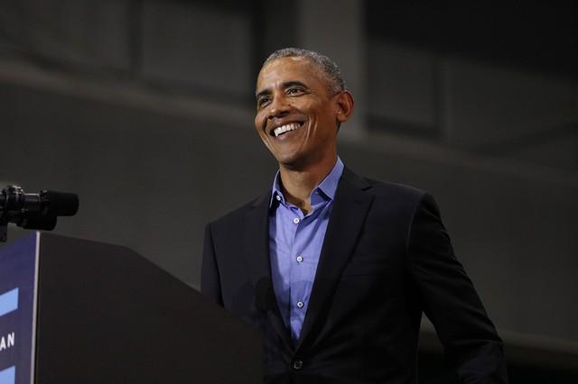 Barack Obama tiết lộ những cuốn sách, bộ phim và bài hát mà ông tâm đắc nhất trong năm 2018 - Ảnh 1.