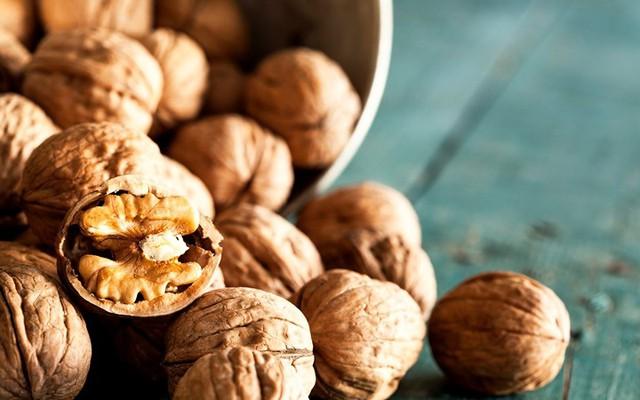 13 loại thực phẩm nuôi dưỡng não bộ đẩy lùi suy giảm trí nhớ - Ảnh 2.