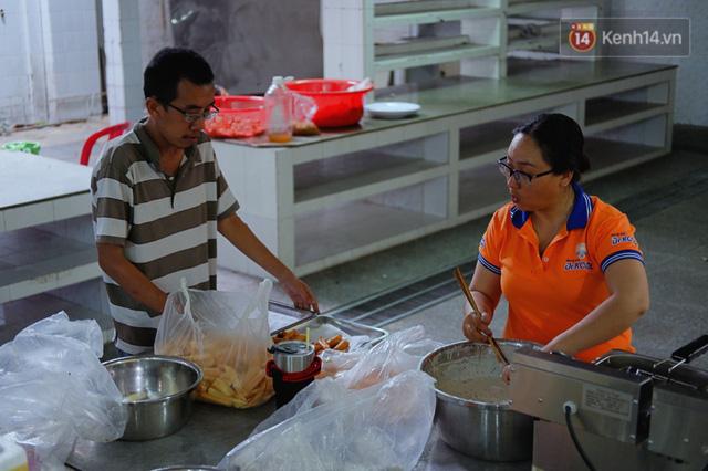 Chuyện về tiệm xương rồng ở Sài Gòn của chàng trai mồ côi, bị u não nhưng vẫn làm việc vì trẻ em ung thư: Càng lạc quan, càng sống khỏe! - Ảnh 10.
