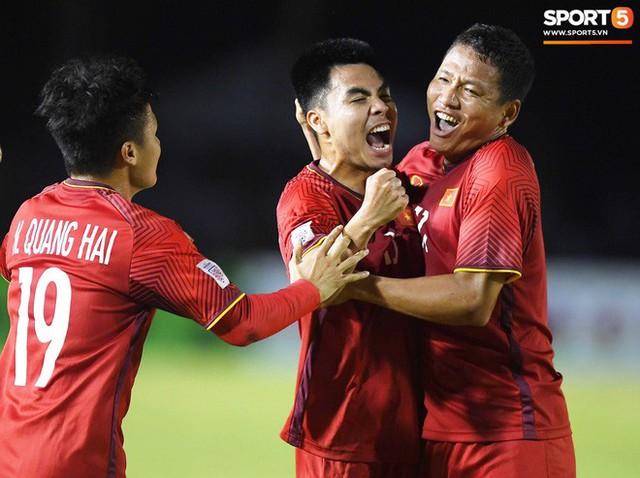Bán kết AFF Cup 2018 Việt Nam đấu Philippines: Chờ ông Park Hang-seo phá dớp ở Mỹ Đình - Ảnh 3.