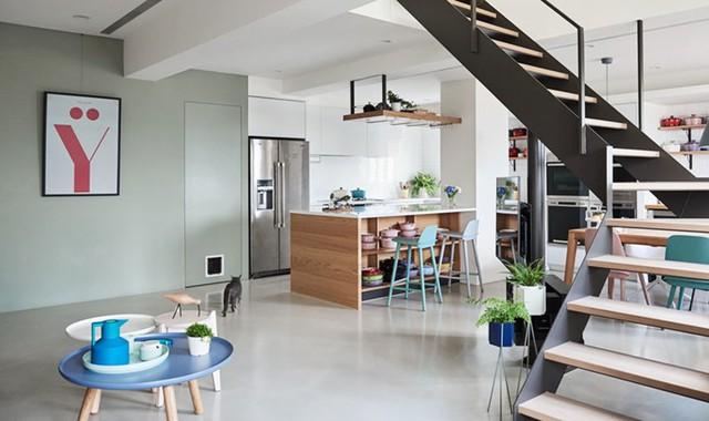 Ngôi nhà rộng 165 m2 sơn màu trắng tinh tế - Ảnh 4.