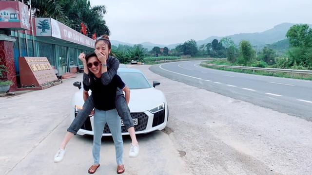 Lộ ảnh Nguyễn Quốc Cường bê tráp ăn hỏi Đàm Thu Trang, liệu đám cưới có sắp diễn ra? - Ảnh 3.