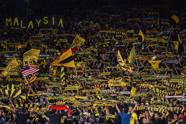 Sự thật chuyện Malaysia miễn phí vé cho CĐV trong trận chung kết AFF Cup với Việt Nam - Ảnh 1.
