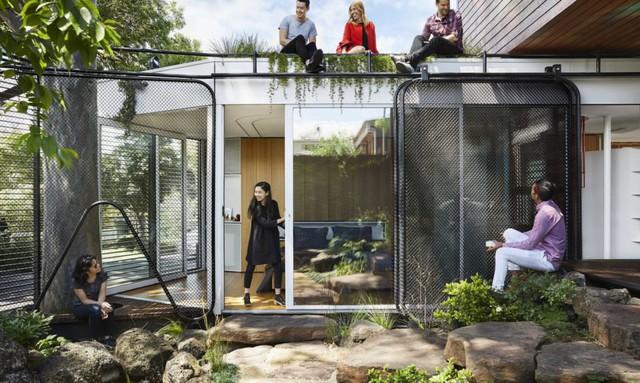 """Không ai ngờ ngôi nhà tuyệt đẹp này được xây từ những vật liệu """"bỏ đi"""" - Ảnh 1."""