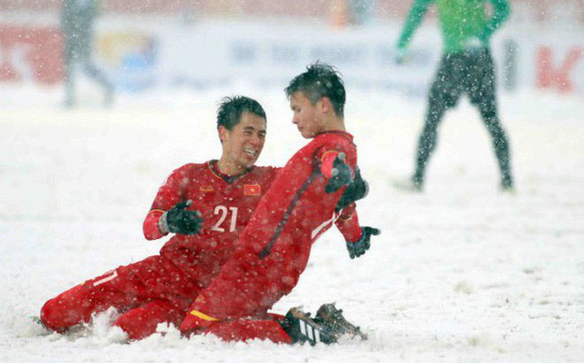 Quang Hải, Duy Mạnh… nhận thưởng lớn từ bầu Hiển sau kỳ tích cùng U23 Việt Nam - Ảnh 1.