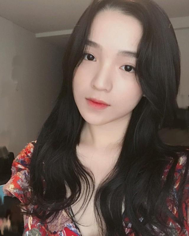 Đẳng cấp của thiếu gia Việt: Bạn gái ai cũng xinh không phải dạng vừa! - Ảnh 15.