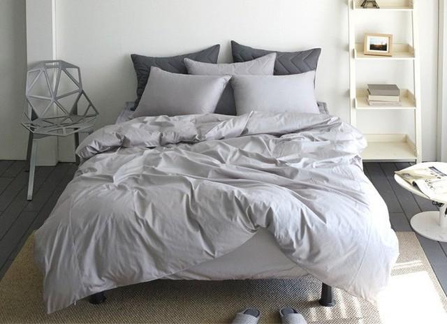 Kiểm tra phòng ngủ của bạn ngay, nếu đồ dùng đã trải qua chừng này năm thì hãy thay luôn trước Tết - Ảnh 3.