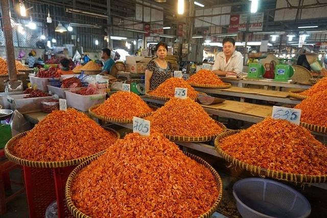 Chợ thủy hải sản khô lớn nhất Sài Gòn tất bật ngày cận Tết  - Ảnh 13.