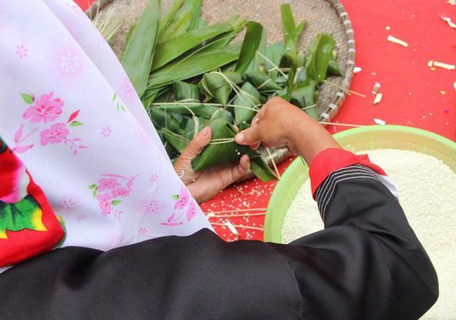 Cũng ăn Tết Nguyên Đán, nhưng các dân tộc vùng núi có những món vô cùng đặc sắc và lạ lẫm - Ảnh 8.
