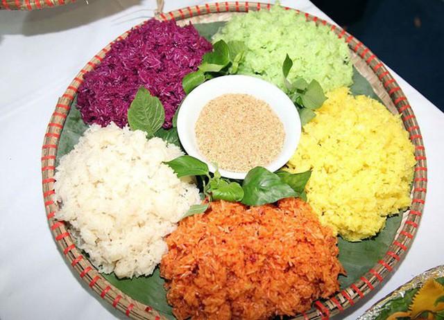 Cũng ăn Tết Nguyên Đán, nhưng các dân tộc vùng núi có những món vô cùng đặc sắc và lạ lẫm - Ảnh 10.