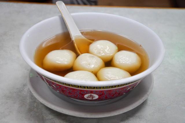 Vào dịp năm mới, người Trung Quốc thường ăn các món này để may mắn cả năm - Ảnh 15.