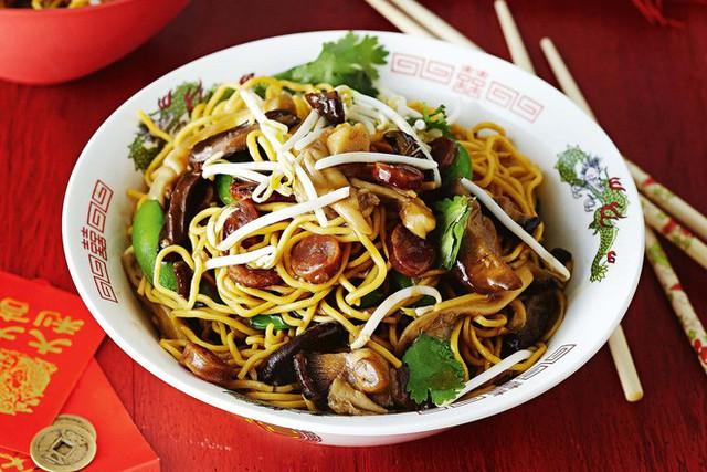 Vào dịp năm mới, người Trung Quốc thường ăn các món này để may mắn cả năm - Ảnh 19.