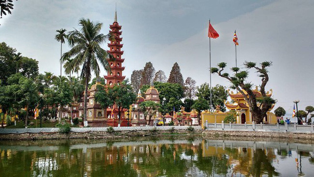 16 ngôi chùa, di tích nổi tiếng linh thiêng ở Hà Nội và Sài Gòn, đầu năm ai cũng muốn đến cầu may  - Ảnh 1.
