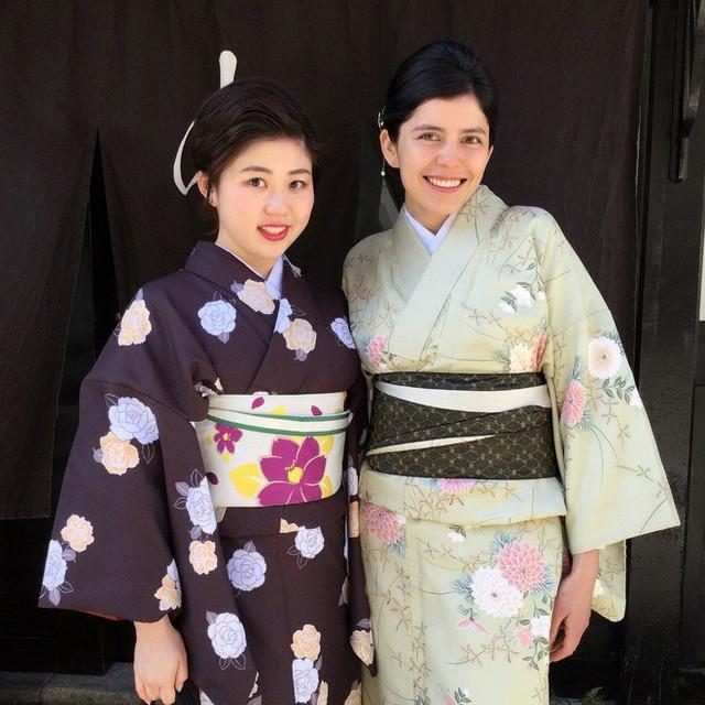 Trang phục truyền thống của các nước đón Tết âm lịch có gì khác biệt  - Ảnh 12.