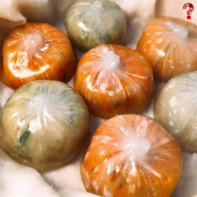 Bánh bao trong suốt như giọt nước khiến giới trẻ Hàn Quốc đổ từ cái nhìn đầu tiên có gì bên trong? - Ảnh 9.
