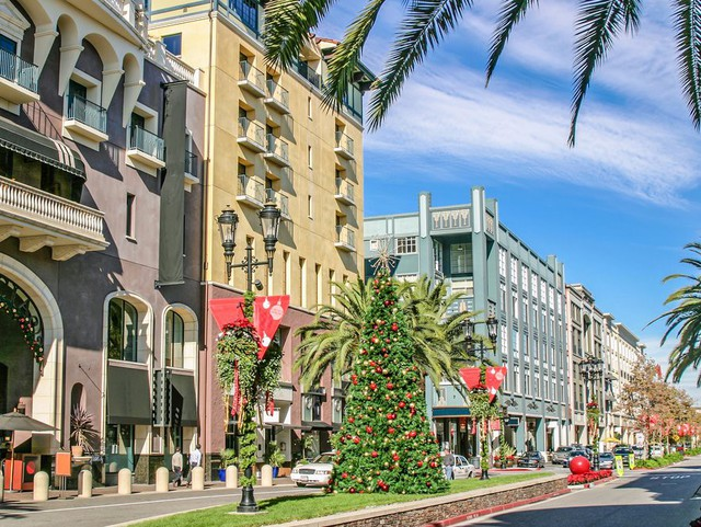 """Những thành phố có giá thuê nhà """"cắt cổ"""" nhất nước Mỹ"""