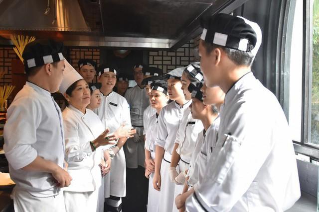Gặp người lo bữa ăn trưa cho 21 lãnh đạo các nền kinh tế thế giới tại APEC 2017 - Ảnh 4.