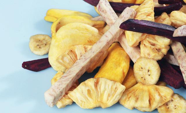 Ăn hoa quả sấy khô vào dịp Tết: Đừng bỏ qua những khuyến cáo từ chuyên gia - Ảnh 2.