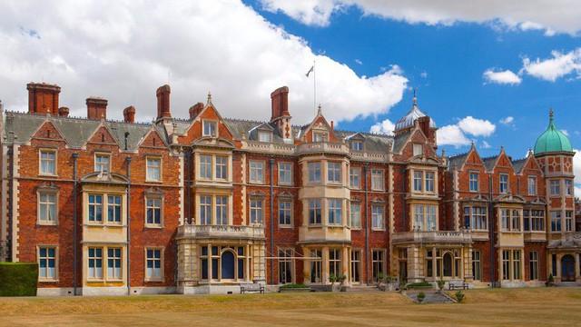 Khối tài sản hơn 18 tỷ USD của Hoàng gia Anh gồm những gì? - Ảnh 3.