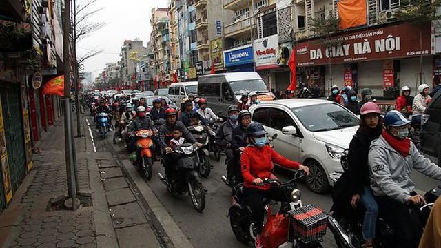 Giao thông Hà Nội bắt đầu tăng tăng nhiệt - Ảnh 2.