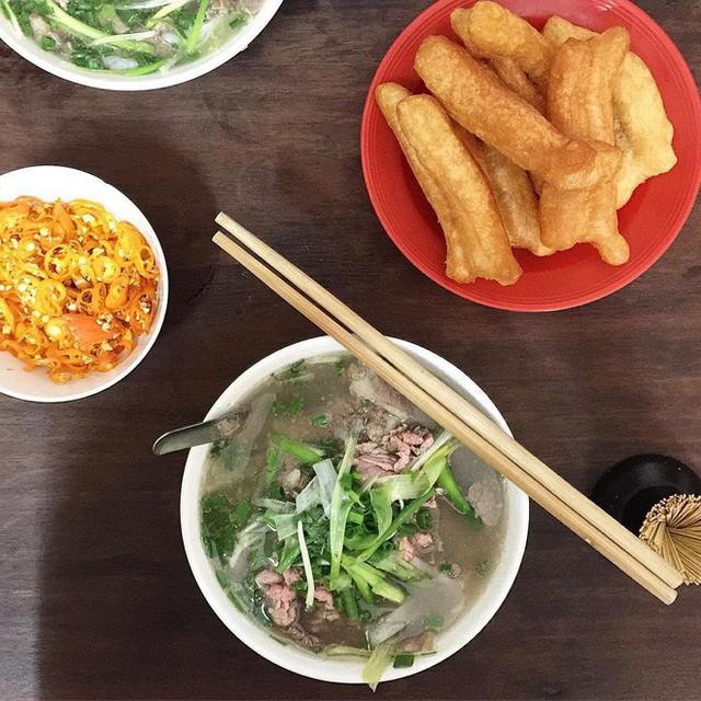 Hết Tết rồi mà vẫn còn nhiều quán xá nổi tiếng Hà Nội chưa mở cửa bán hàng trở lại - Ảnh 2.