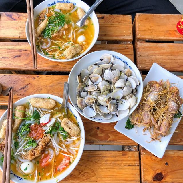 Hết Tết rồi mà vẫn còn nhiều quán xá nổi tiếng Hà Nội chưa mở cửa bán hàng trở lại - Ảnh 12.