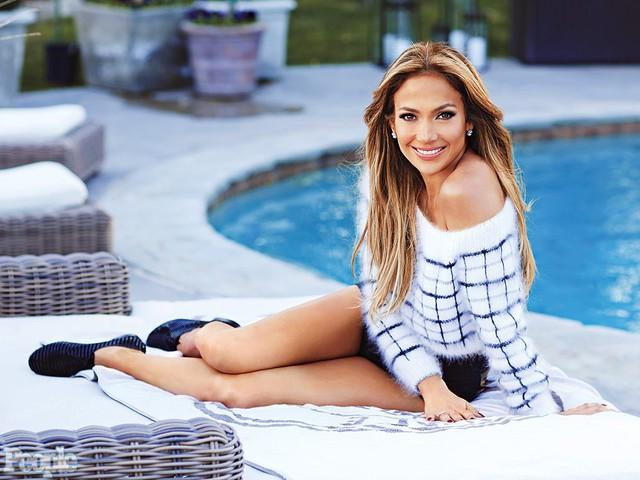 Gần 50 tuổi nhưng điều gì đã giúp Jennifer Lopez vẫn luôn trẻ trung, quyến rũ? - Ảnh 7.