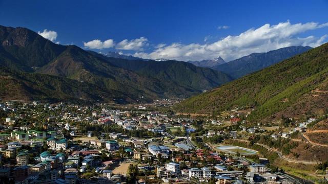 Đằng sau chỉ số hạnh phúc cao ngất ngưởng tại Bhutan - Ảnh 1.