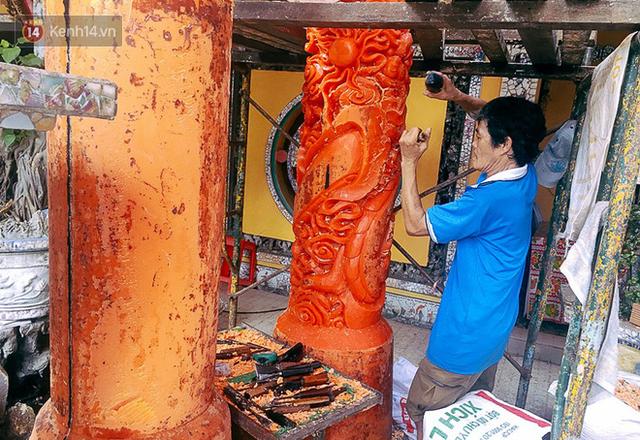 Gặp người chế tác cặp nến khủng nặng cả tấn lập kỷ lục Guinness Việt Nam, được bán với giá 300 triệu đồng - Ảnh 3.